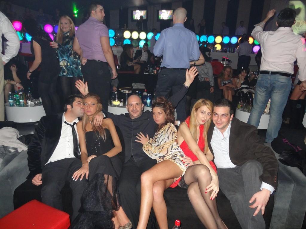 Pompino in discoteca by jls - 3 8
