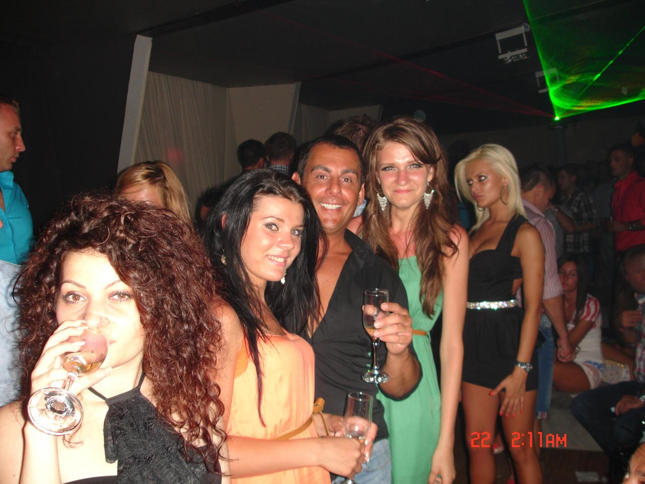 bionda porno night club roma
