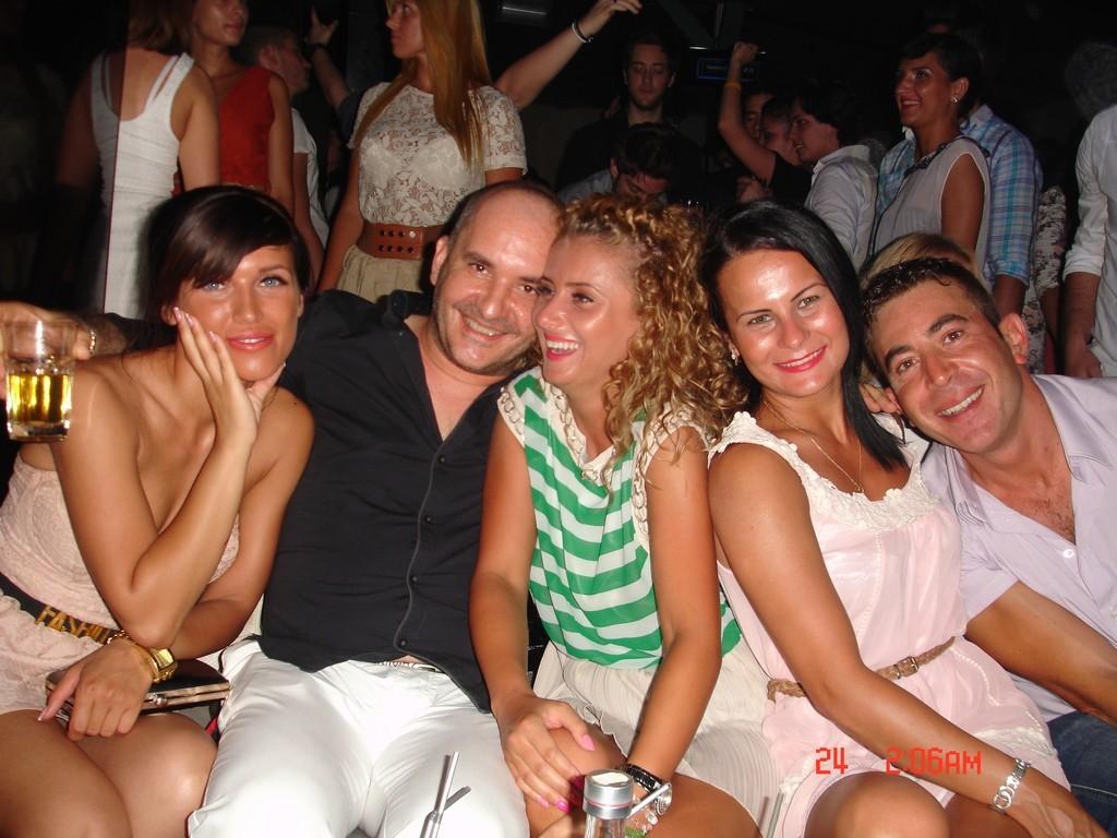 belle puttane italiane night club in italia