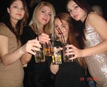 Donne rumene da conoscere