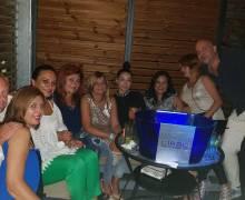 1-09-18 Divertimento sicuro con belle donne MILF in Romania