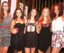 Solo divertimento puro e sano in Romania con bellissime donne