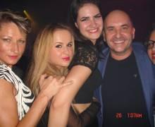 Serata divertente con bellissime ragazze in Romania