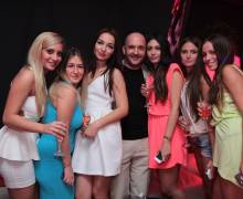 Le belle ragazze fotomodelle rumene con Mario a Timisoara
