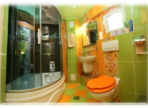 Appartamento 6 - bagna con doccia-sauna-idromassaggio