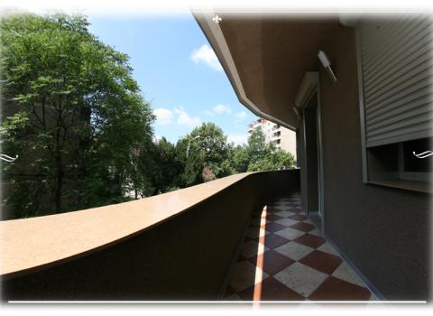 Terrazza grande appartamento 6