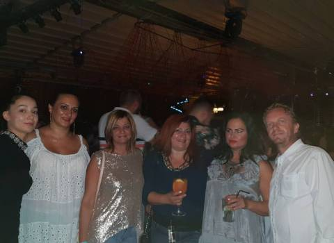 1-09-2018 Cerca donne MILF in Romania foto