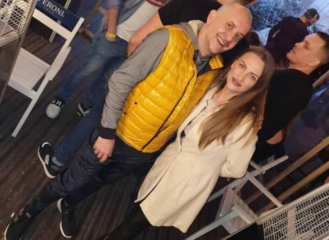 Come fare per trovare belle ragazze modelle in Romania 27-12-2019