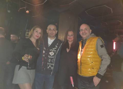 Divertimento a Natale in Romania con belle donne 27-12-2019