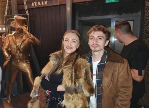 Dove conoscere a natale in Romania donne modelle 28-12-2019