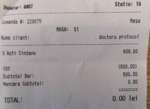 7-07-2018 Lo champagne per il compleanno del dottor Mario In Romania conto