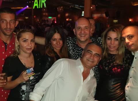 Donne modelle in Romania da conoscere in discoteca foto 7-09-2019