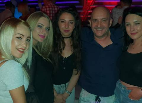 12-05-2018 Divertimento in Romania con belle gnocche universitarie