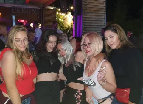 Come conoscere in vacanza belle donne in Romania 6-09-2019