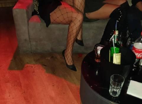Dove trovare in Romania belle donne modelle con gambe sexy 1-11-2019