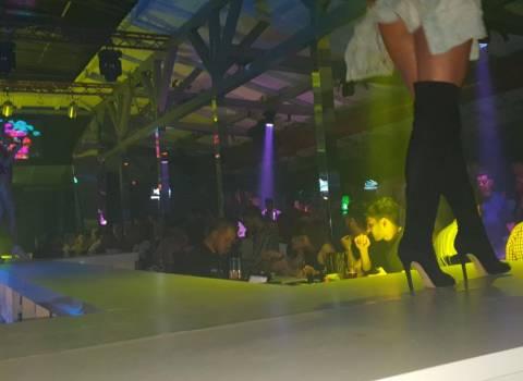 26-05-2018 Dove trovare in Romania discoteche con belle ragazze cubiste?