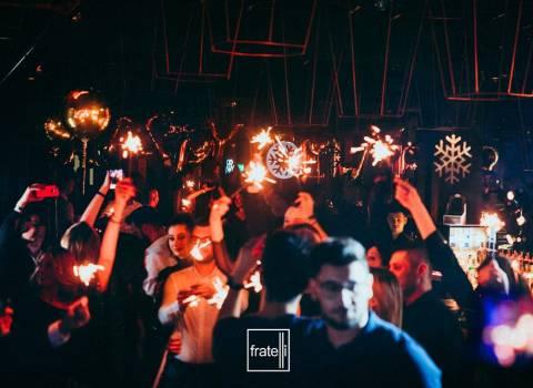 31-12-19 Dove andare a Timisoara in discoteca piena di belle donne?