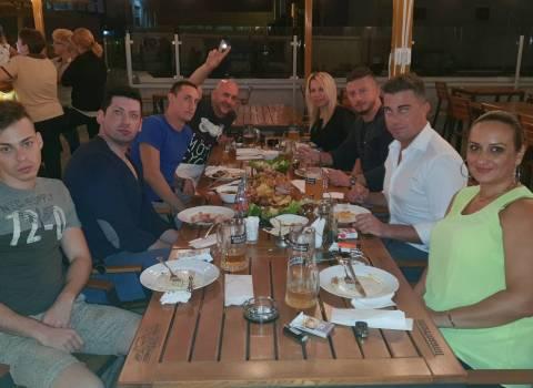 25-08-2018 Dove fare in Romania in vacanza una cena con bellissime donne?
