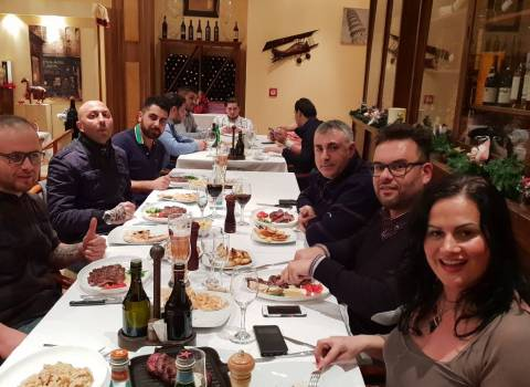 29-12-2018 Dove cenare con belle donne in Romania a Capodanno?