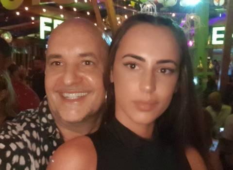 Come fare trovare delle belle donne modele in Romania 7-09-2019