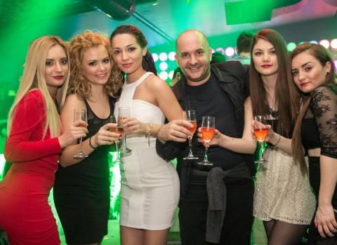 Vacanza divertente con belle donne in Romania 14-02-2014