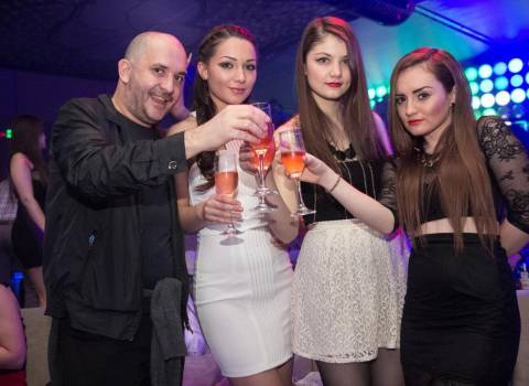 Divertimento con belle ragazze a Timisoara, in Romania 14-02-2014