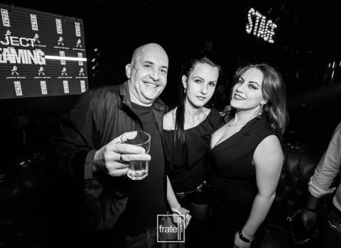 Vacanza con belle donne rumene da conoscere foto 8-11-2019