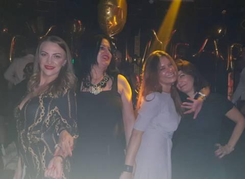 31-12-19 Divertimento assicurato a Capodanno in Romania con ragazze belle
