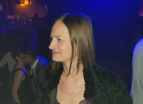 15-12-2018 Dove conoscere bellissime donne mature in Romania | Incontri