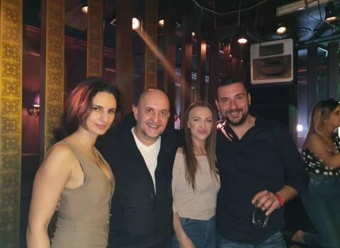 Divertimento assicurato in vacanza in Romania con belle donne | foto