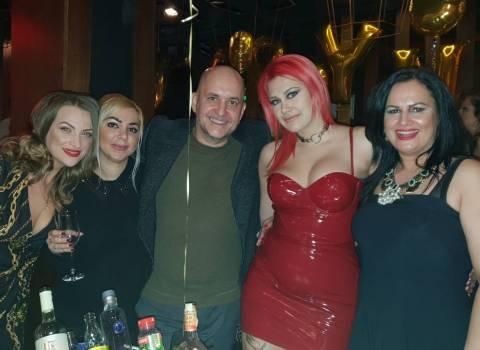 31-12-19 Come festeggiare in Romania a Capodanno con belle ragazze?