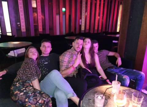 Foto con belle ragazze a Timisoara nelle serate organizzatissime 21-02-2020