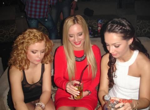 Festa con belle ragazze in discoteca in Romania 14-02-2014