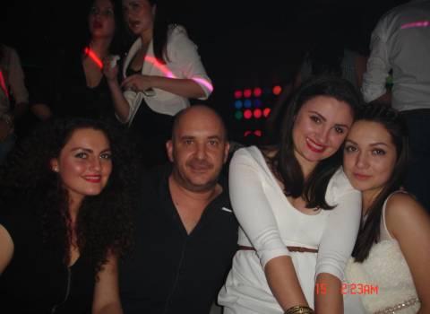Romania ragazze, giorno dei innamorati