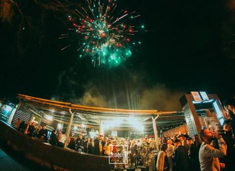 31-12-19 Timisoara a Capodanno fuochi d'artificio e bellissime donne