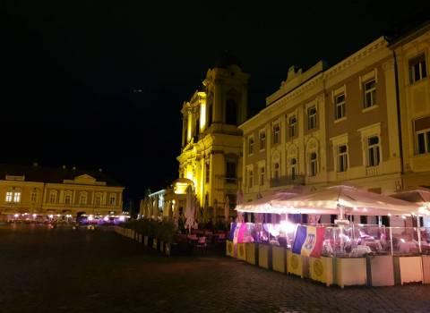 Dove trovare tanta gente a Timisoara sia di giorno che in sera 30-11-2019