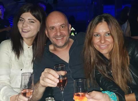 9-06-2018 Dove conoscere belle donne in Romania che piaciono gli italiani?