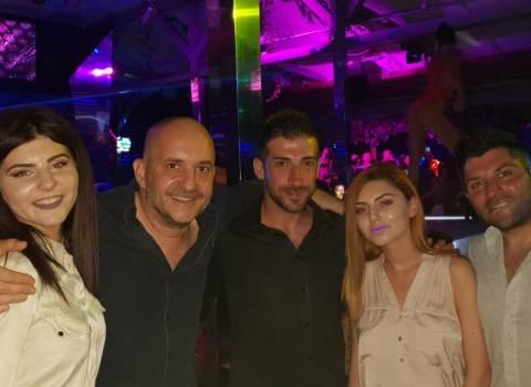 9-08-2018 Come conoscere belle ragazze in Romania che piacciono italiani?