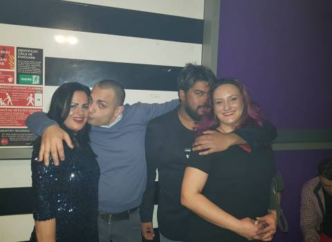 Cerco serata in Romania per l'ultimo dell'anno 2018 con belle donne