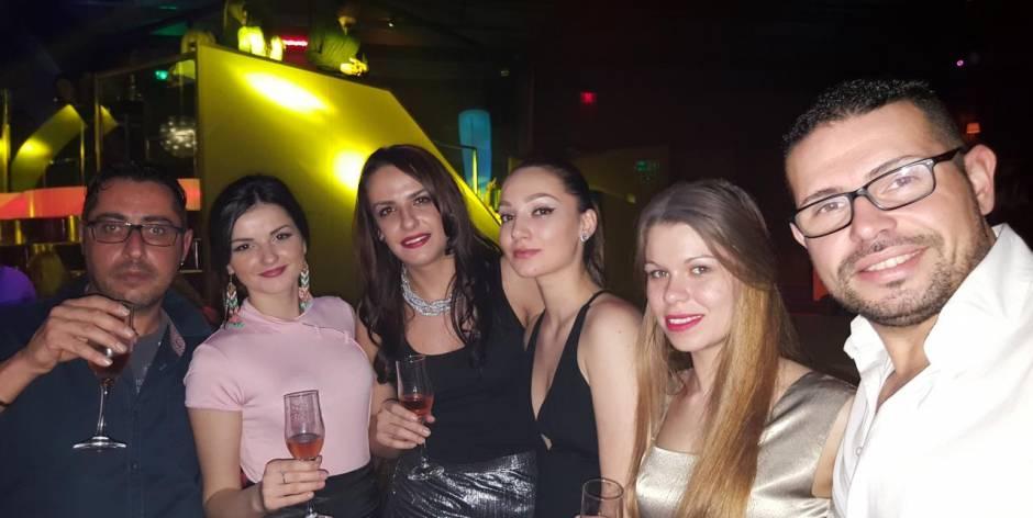 Giornata della donna in Romania, serata del 8 di Marzo