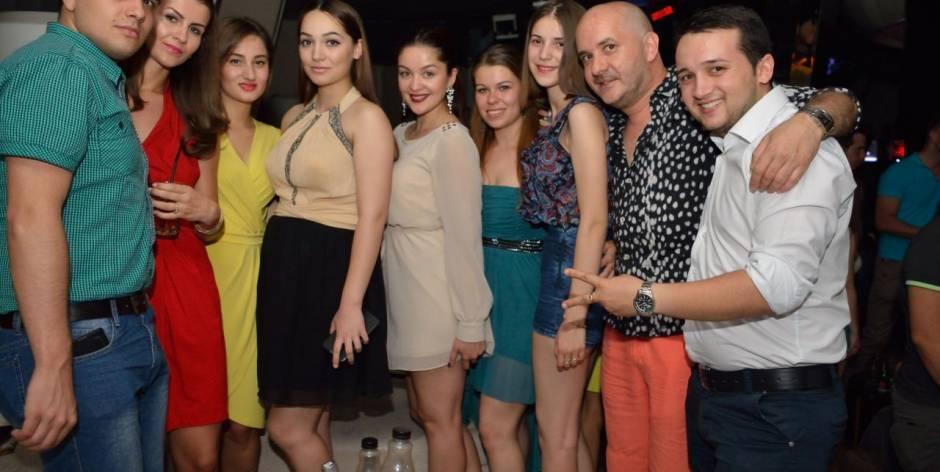 Serate divertenti con bellissime donne in Romania