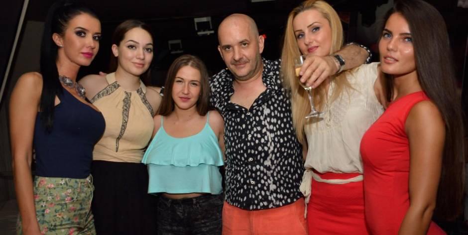 Bellissime foto con ragazze in Romania da conoscere