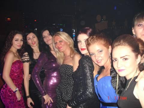 Dove si puo fare una vacanza con belle ragazze? In Romania!