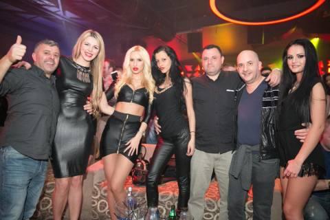 Dove trovare in Romania divertimento con belle ragazze nei locali notturni?