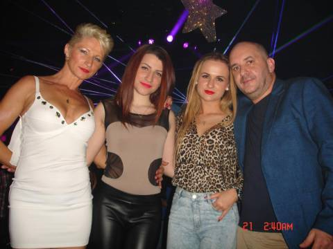 Vacanza di Natale 2014 con belle ragazze, discoteche in Romania