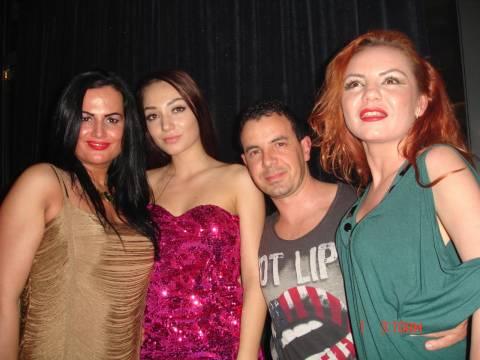 Divertimento con bellissime ragazze in vacanza in Romania 28-02-2014