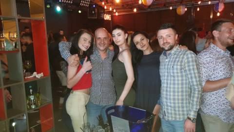 13-07-2019 Divertimento in vacanza con belle ragazze rumene da conoscere